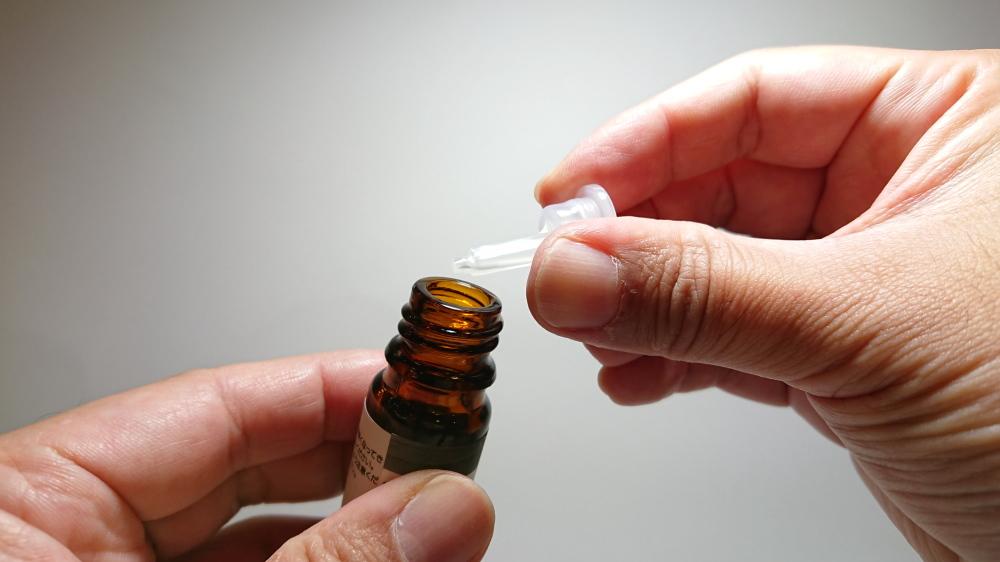 九谷焼の香箱 G-CUBEの詰替え用のセラミックス専用オイル 使い方