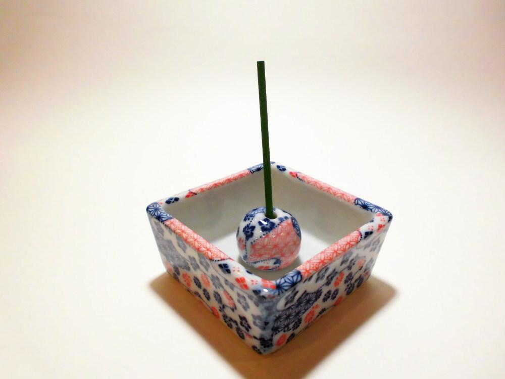 伝統工芸 美濃焼 香彩器角型-着物柄